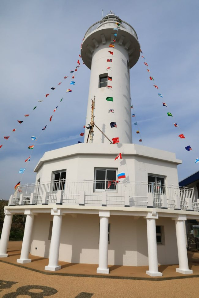 灯台は365日