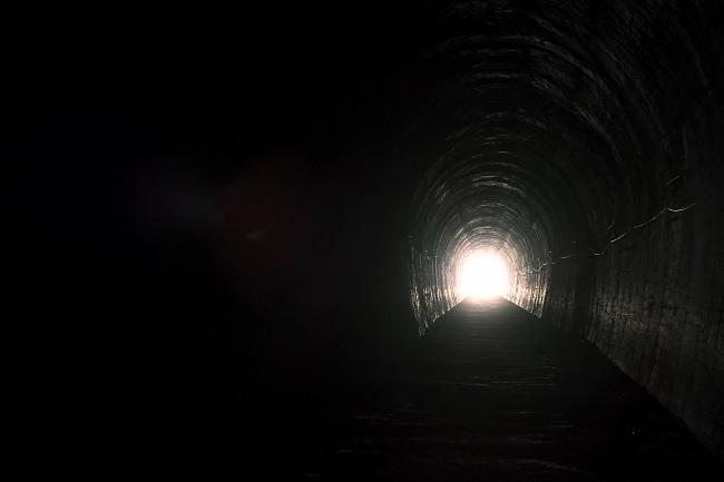 出口のないトンネルはない