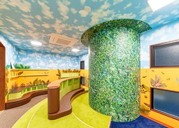 図書の部屋 ジャングルルーム
