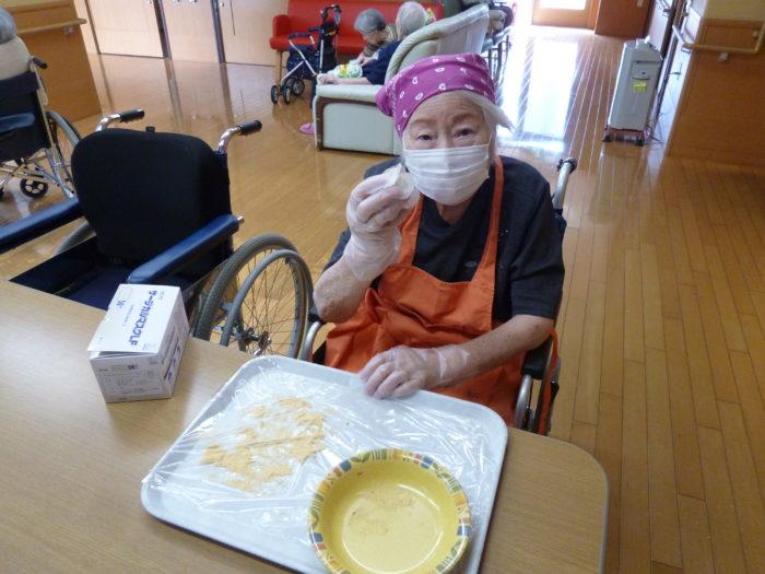 アーバンケア御厨 高齢者施設 おやつレク ご飯で作るおはぎ 自分で作る楽しさ 美味しさ