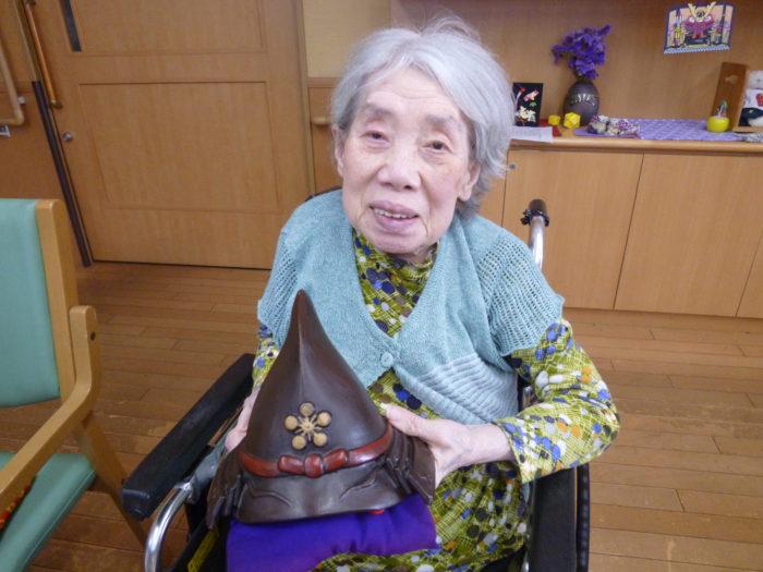 アーバンケア御厨 5月の様子 鯉のぼり 兜 フロアの飾り 菖蒲 行事食 巻き寿司と稲荷寿司