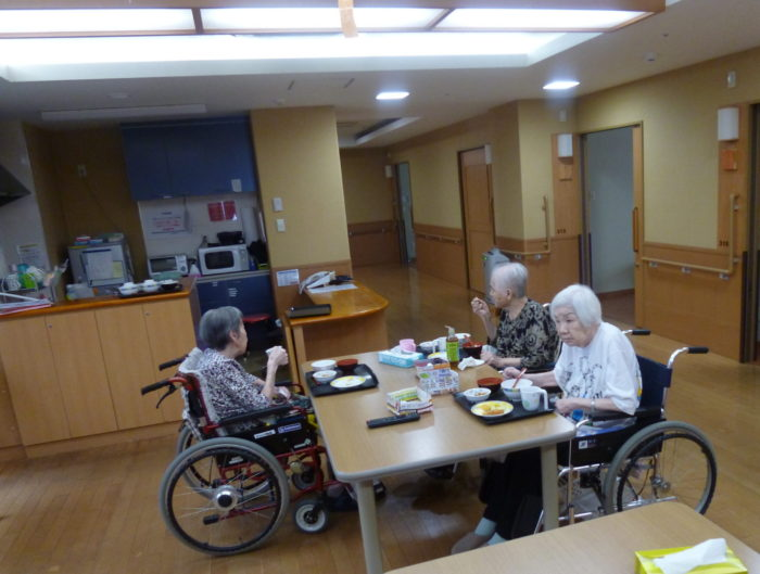 アーバンケア御厨 特別養護老人ホーム 食事の様子 日々の様子 施設での楽しみ