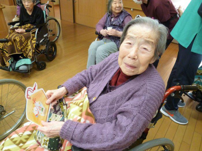 アーバンケア御厨 元旦祭 新年のあいさつ お祝い 高齢者施設の正月 御屠蘇