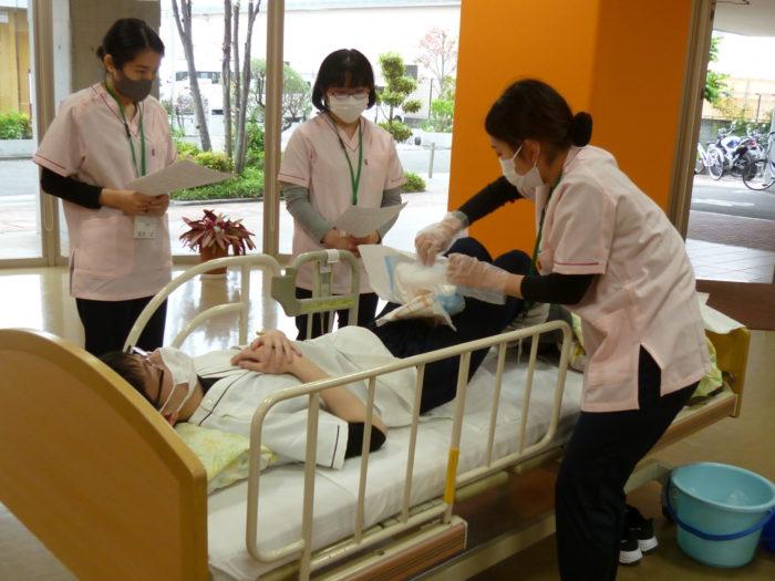 新人職員 介護技術研修