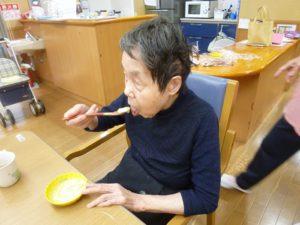 アーバンケア御厨 抹茶ババロア 黒蜜 生クリーム おやつレク 梅雨の時期のおやつ さっぱり食べれる